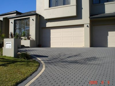 PAVING-Havenbrick-in-Charcoal